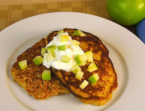 Apple-Granola Pancakes