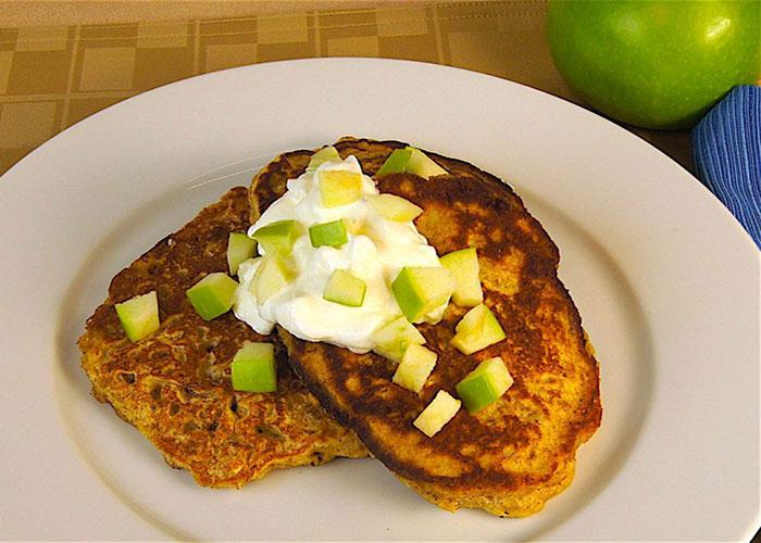 apple-granola-pancakes-700x500-1